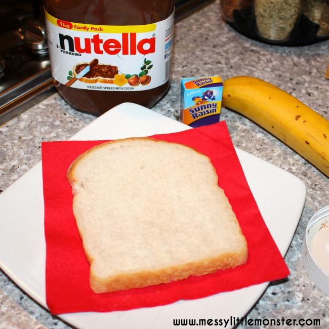Make teddy bear bread using just 4 ingredients: bread, nutella, banana and raisins.