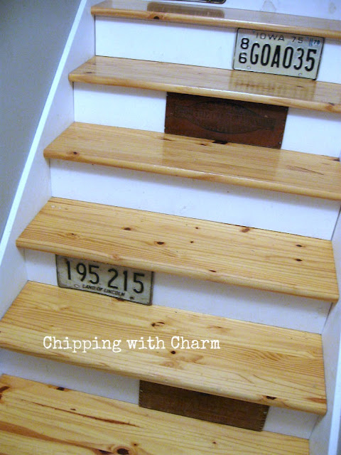 Chipping with Charm: Up the Stairs...www.chippingwithcharm.blogspot.com