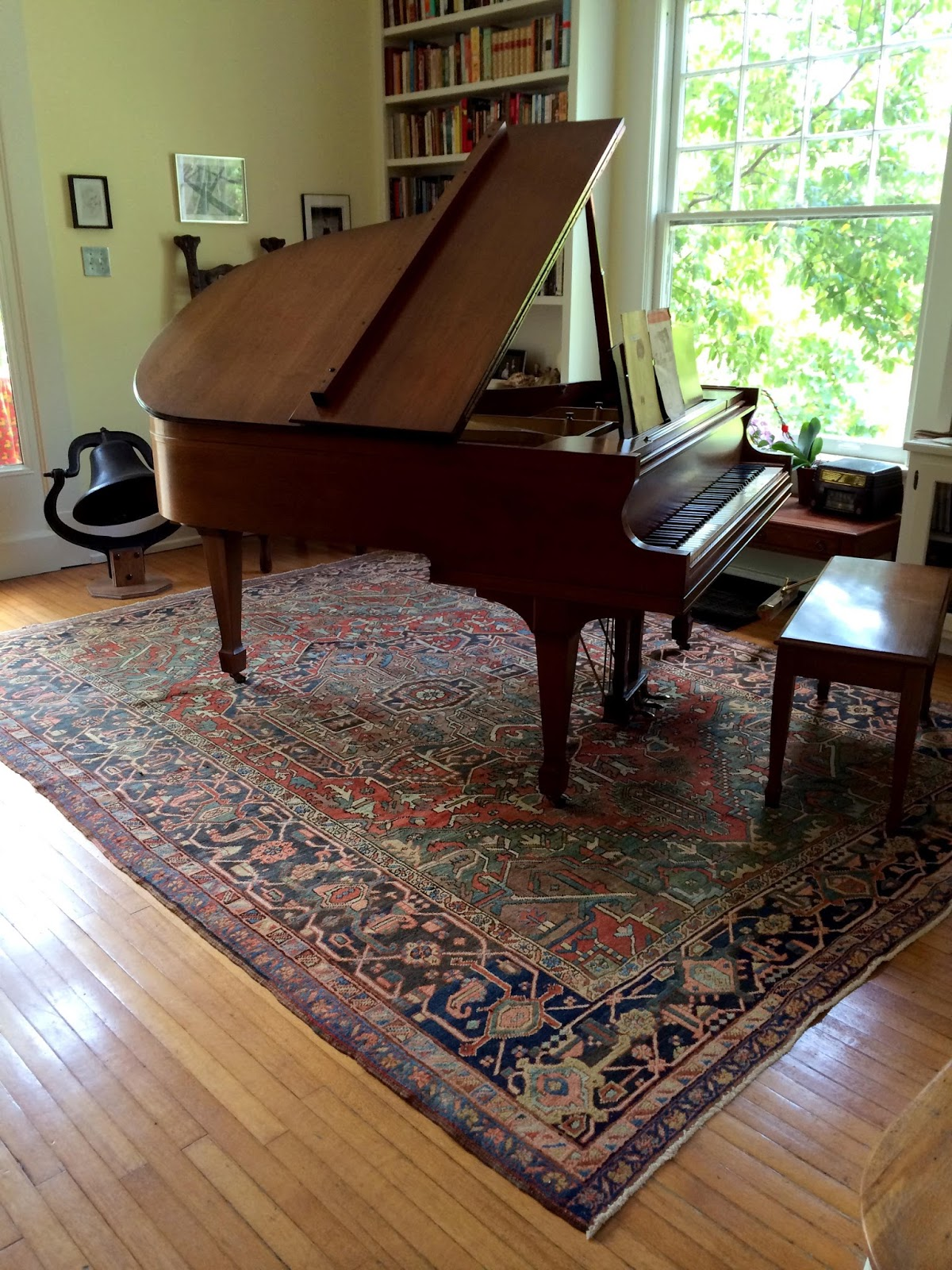 Rug Under Grand Piano Area Rug Ideas