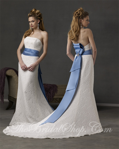 Blue And White Wedding Gowns: Wedding Decorations: Dream Blue And White Wedding Dress