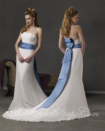 Wedding Dress White And Blue: Wedding Decorations: Dream Blue And White Wedding Dress