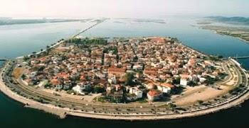 Αυτή είναι η μικρή Βενετία της Ελλάδας. Αξίζει να τη δείτε όλοι