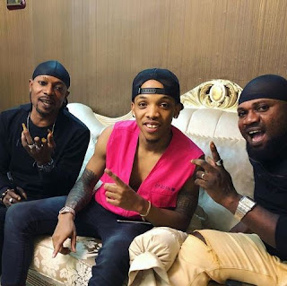 NO BEEF! Tekno, Danfo Drivers Spotted Together 1