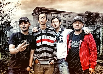 Download Lagu Bondan Prakoso & Fade 2 Black Mp3 Full Rar