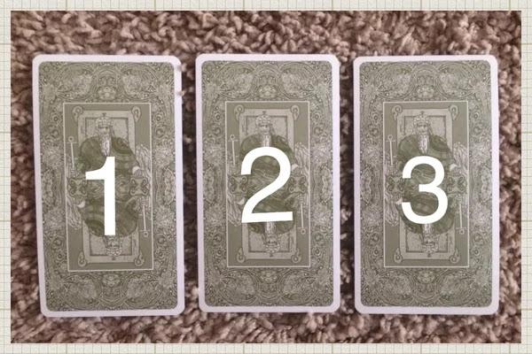 О чем вас хочет предупредить карта таро? Выберите 1 карту и узнайте...