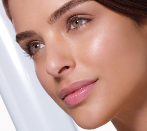 Beautiful Glowing Skin Naturally