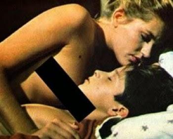 Xuxa, Xuxa nua, amor estranho amor, satanista, músicas ao contrário, pacto