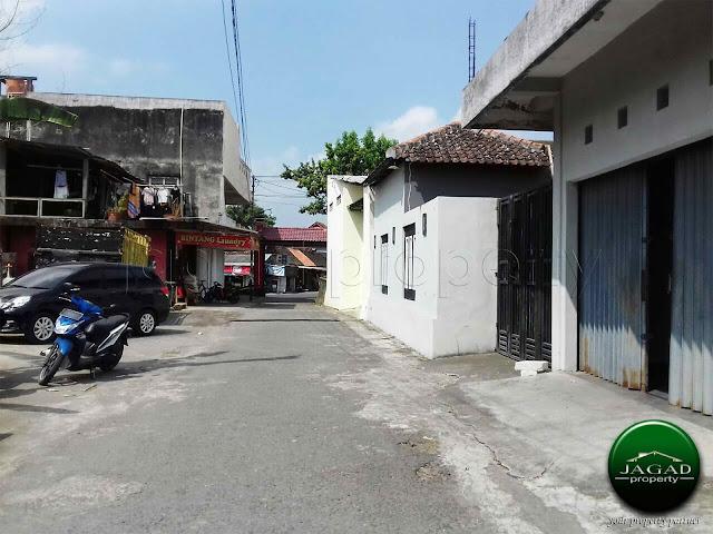 Rumah Strategis Utara Perempatan Tamanmartani, Kalasan