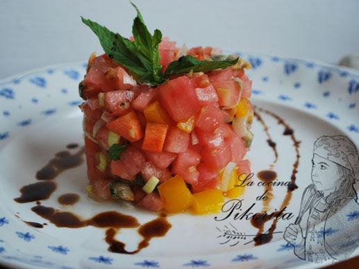 Tartar de tomates y berberechos