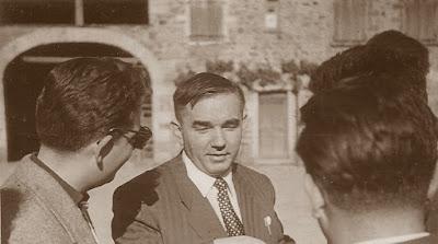 Francino, Kotov y jugadores soviéticos durante una visita a Beaujolais durante el II Campeonato Mundial Universitario de Ajedrez Lyon 1955