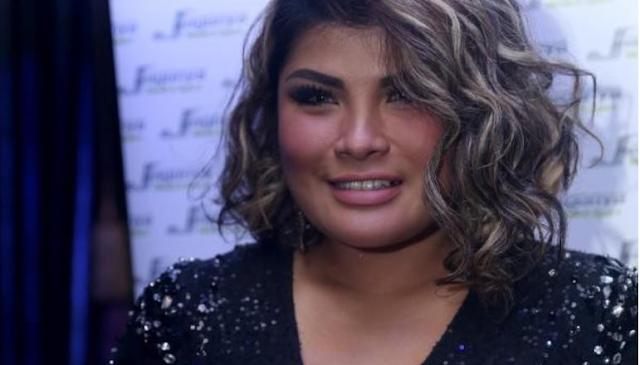 Jebolan Indonesia Idol [ Nania ] Pindah Agama ,Ayahnya Marah  Bakar Baju
