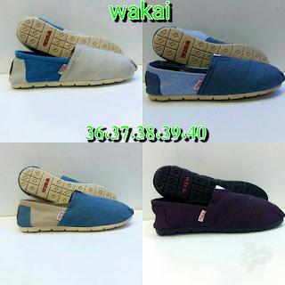 Sepatu Wakai Polos Kekinian Berbagai Warna Dan Model