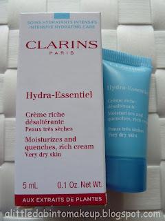 Hydra-Essentiel Rich Cream - Very Dry Skin by Clarins #9