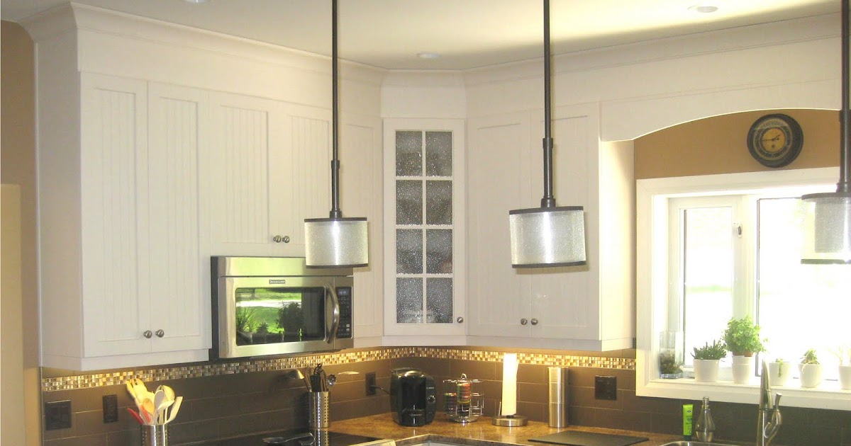 Five Star Photo Gallery Light Cabinets With Accent Island