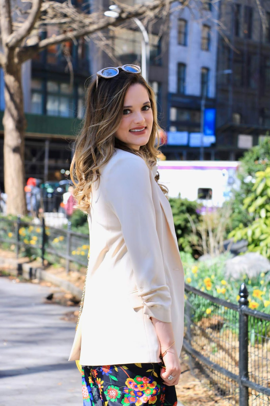 Nyc fashion blogger Kathleen Harper wearing a cream Elizabeth and James blazer