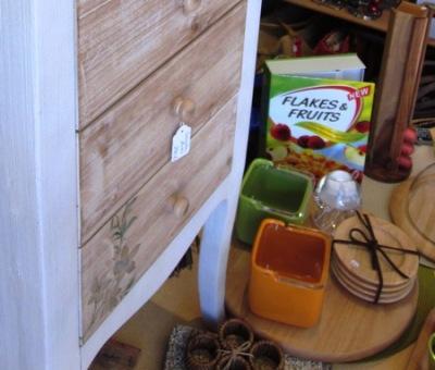 Saleros y bandeja giratoria madera.