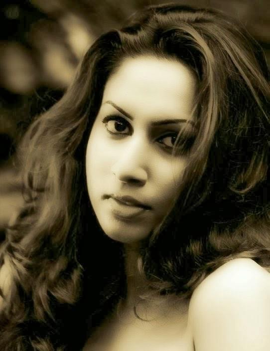 Nilukshi Amanda Silva | Hot Sexy Photos