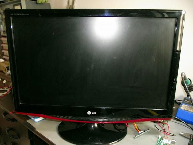 Monitor LG M237WA
