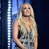 Wajah Carrie Underwood Lebih Cantik Selepas Dapat 40-50 Jahitan