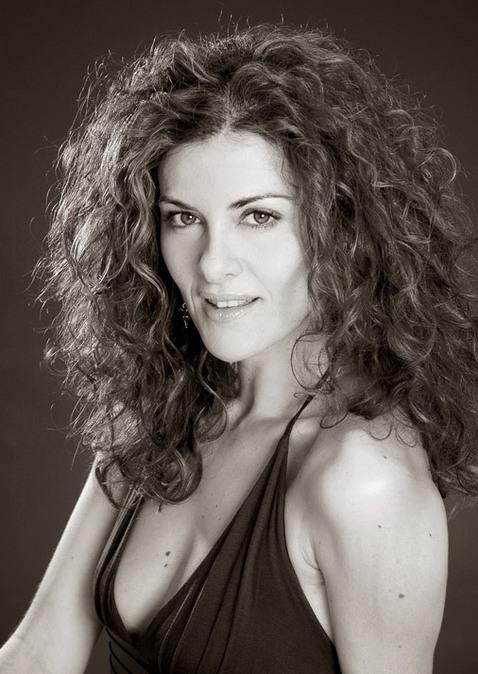 Lara Corrochano Nude Photos 9