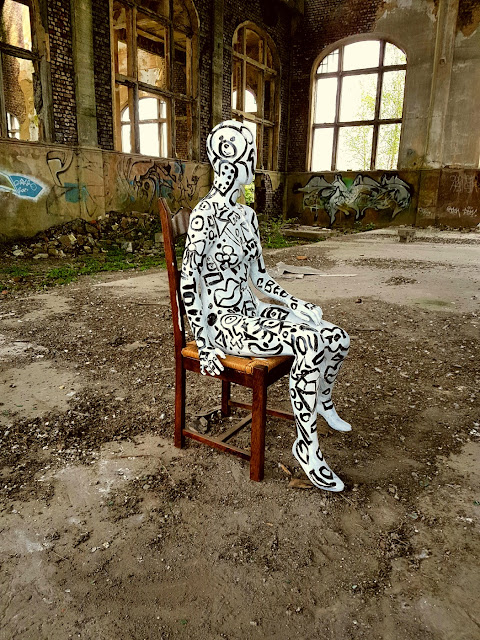 Painted Mannequin - Abstract Ar Body Painting - Ben Heine Art - Clip de Musique