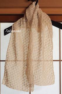 ボレロになる前の透かし編みの編み地、縁編み後