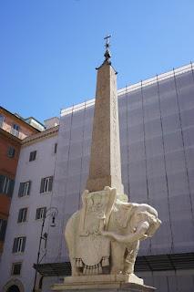 ミネルヴァ・オベリスク または 像のオベリスク