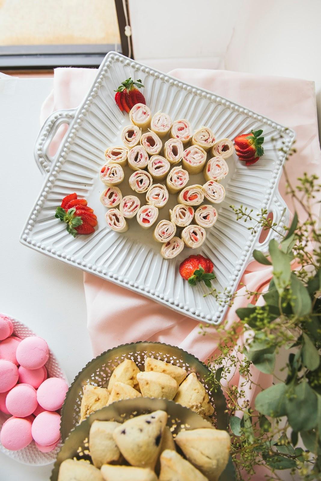 strawberry-cream-cheese-pinwheels-for-valentines-brunch