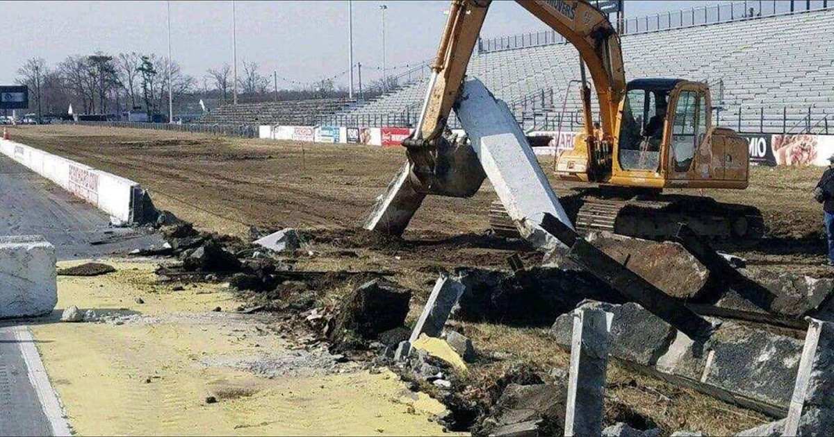 sad englishtown raceway park demolition started bob s blitz