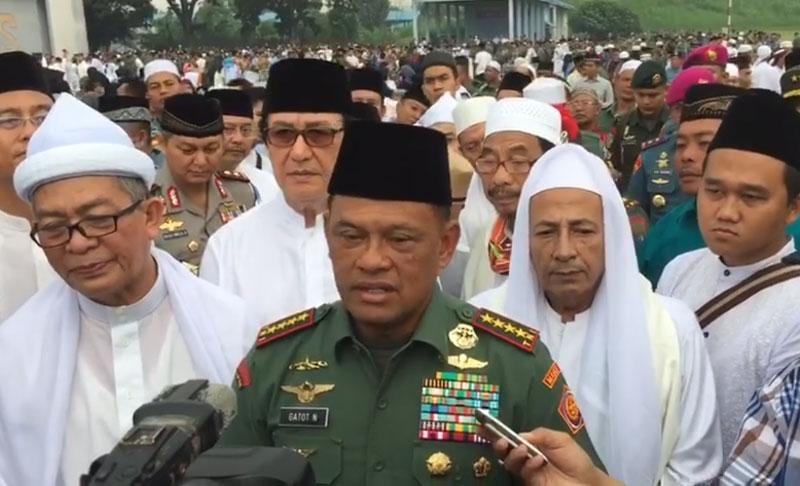 Panglima TNI bersama Habib Luthfi bin Yahya