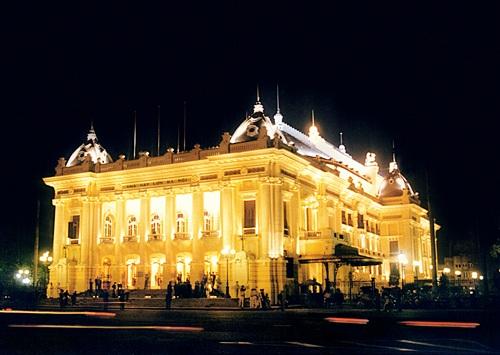 Nhà hát lớn Hà Nội.