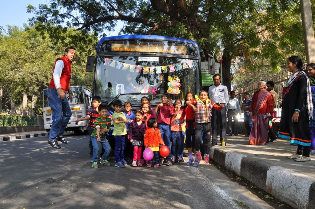 images birthday with hoho bus in delhi