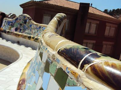 L'oeuvre de Gaudí est admirée dans le monde entier, c'est un style unique et bien particulier.