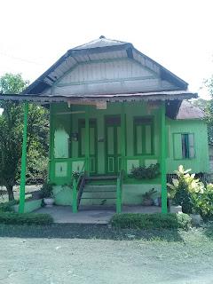 rumah tradisional banjar di kota rantau kalimantan selatan