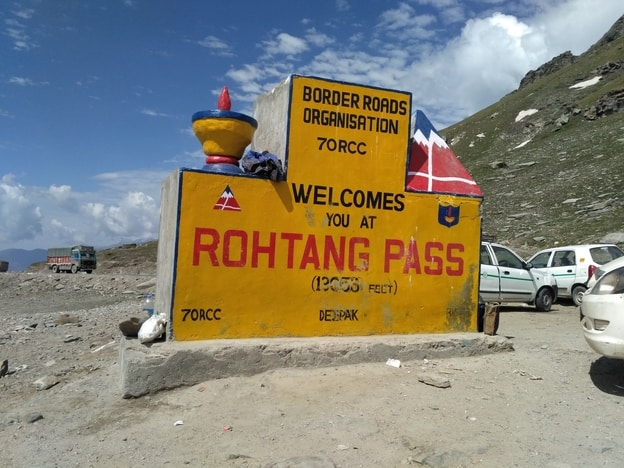 india-Rohtang-Pass-manali-mountain