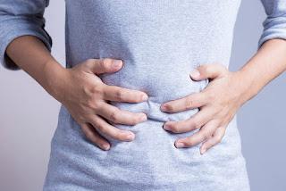 ciri - ciri dan penyebab orang terkena penyakit usus buntu