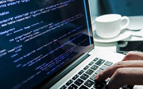 10 Etika Saat Menggunakan Komputer