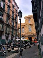 Gezenti Adam Napoli Motorsiklet İtalya