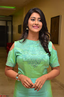 Pooja Jhaveri in Beautiful Green Dress at Kalamandir Foundation 7th anniversary Celebrations ~  Actress Galleries 081.JPG