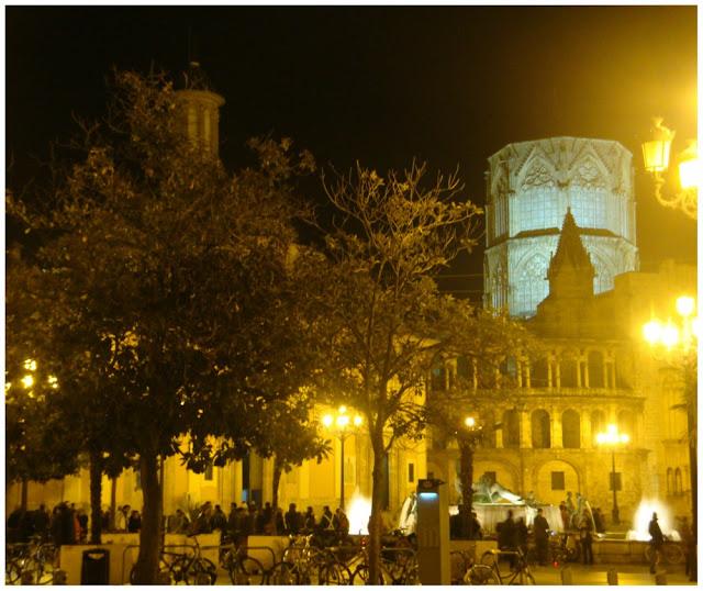 Valência (Espanha) à noite