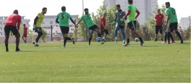 La selección de futbol de Irán entrena para su partido de la eliminatoria Rusia 2018 contra Qatar.
