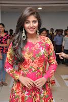 HeyAndhra Anjali New Glamorous Photos HeyAndhra.com