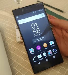 Terahir adalah Sony Xperia Z5 Dual yang merupakan salah satu smartphone tahan banting untuk saat ini