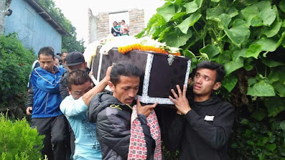 Barun Bhujel dead body in his house East Main Road Kalimpong
