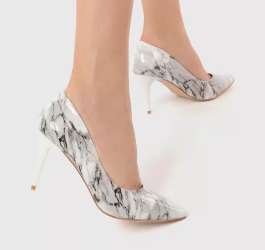 Pantofi albi stiletto de nunta si ocazii cu imprimeu negru