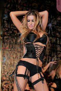 Carmen-Electra-Performing_5+%7E+SexyCelebs.in+Exclusive.jpg