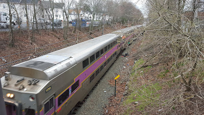 Franklin commuter rail approaching Franklin Dean Station from Forge Park