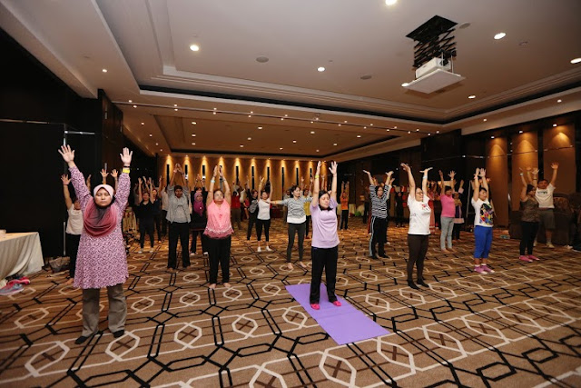 The Launch of Neo-Penotran yoga2