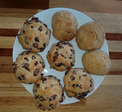 glutenvrije krentenbollen