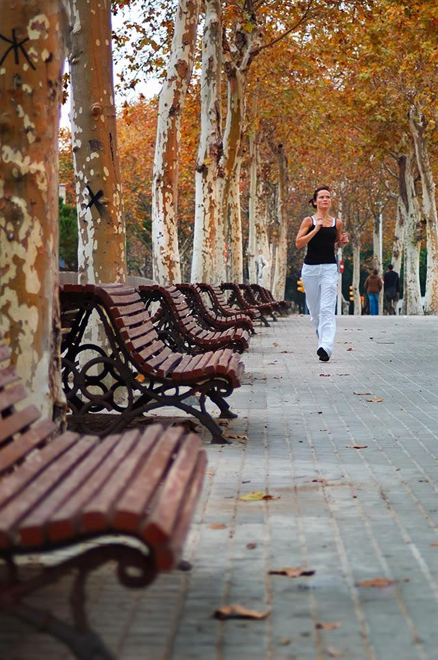Jogging girl in Barcelona